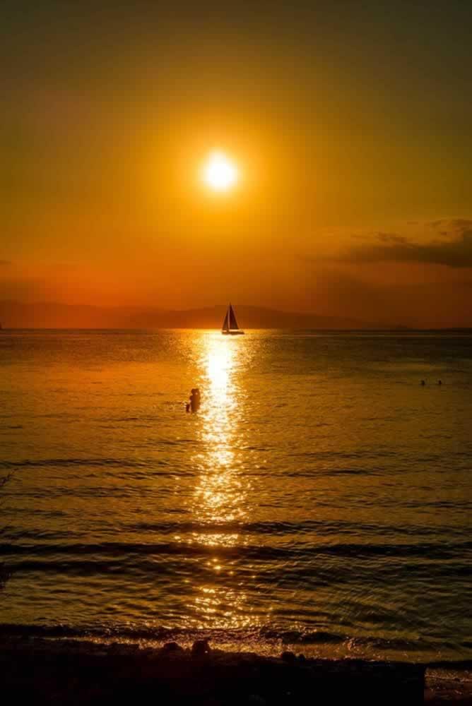 aegina sunset boat