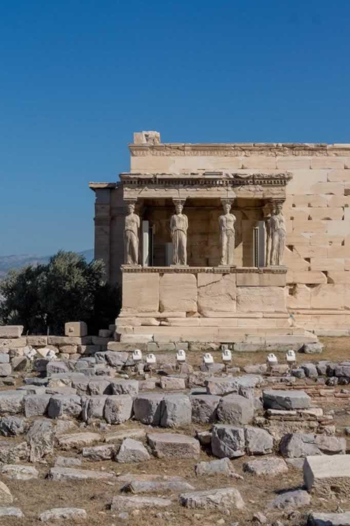 acropolis temple statues