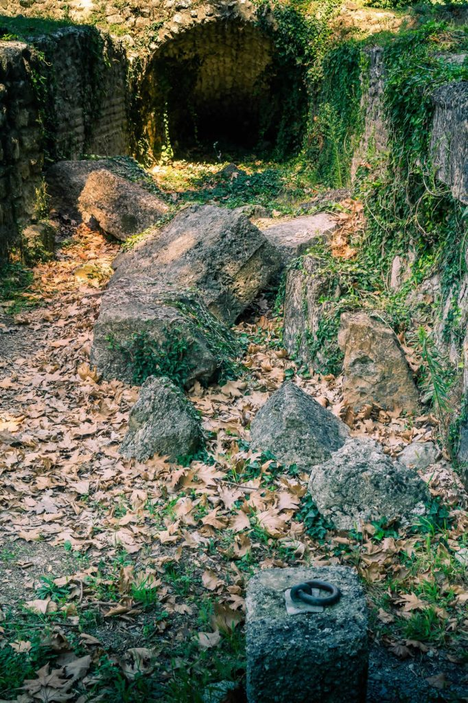 dion caves pillars