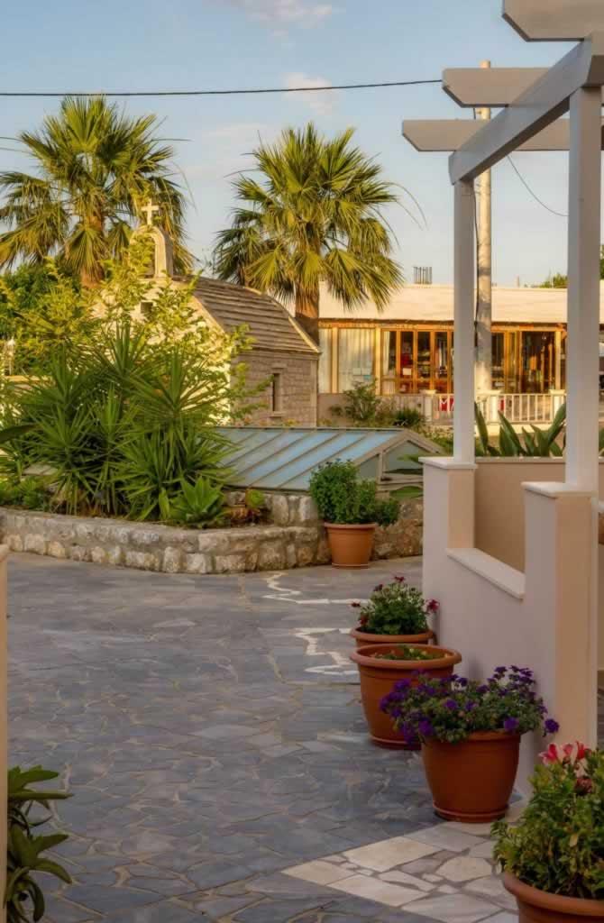 argiri apartments street view