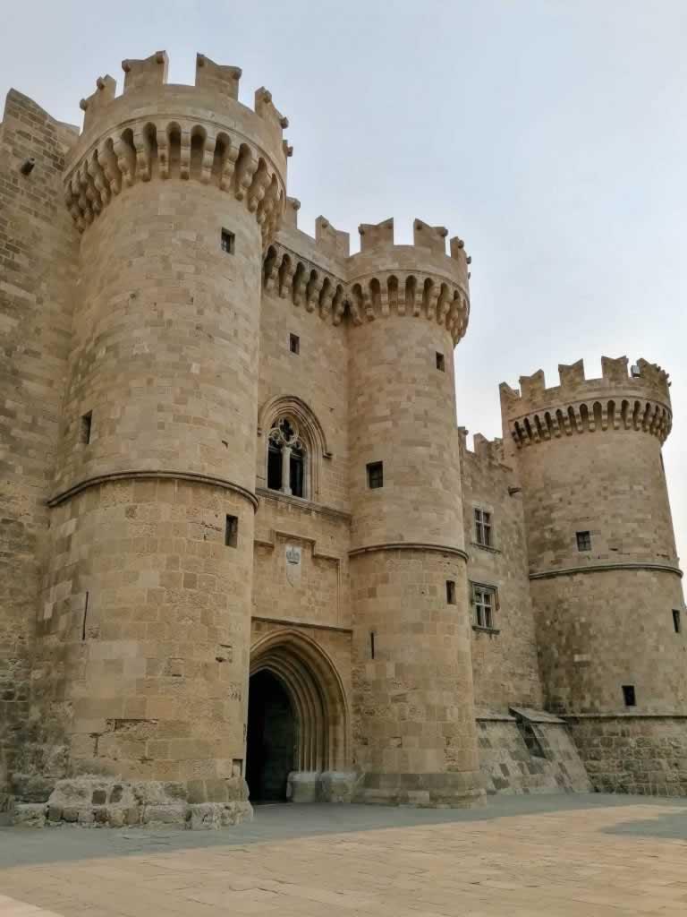 palace of the grand master main entrance