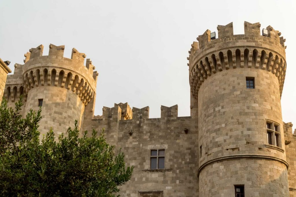 rhodes town palace towers